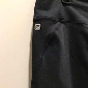 Fabletics black ankle length yoga pants